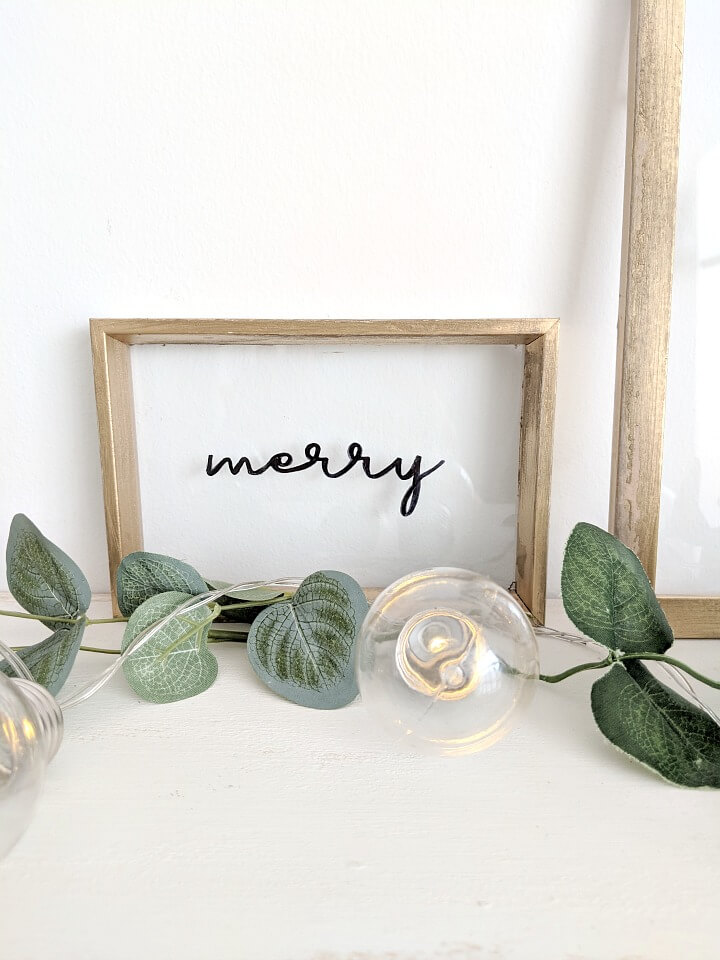 simple framed glass holiday floating sign northernfeeling.com