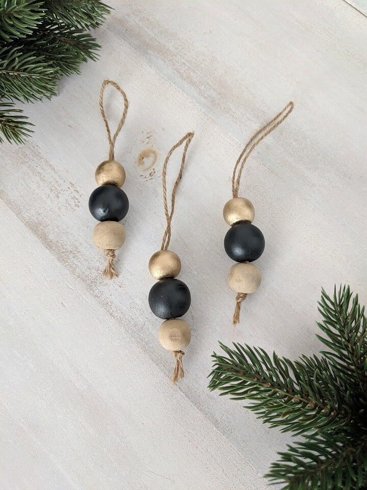 Black & Gold Wooden Bead Ornaments northernfeeling.com