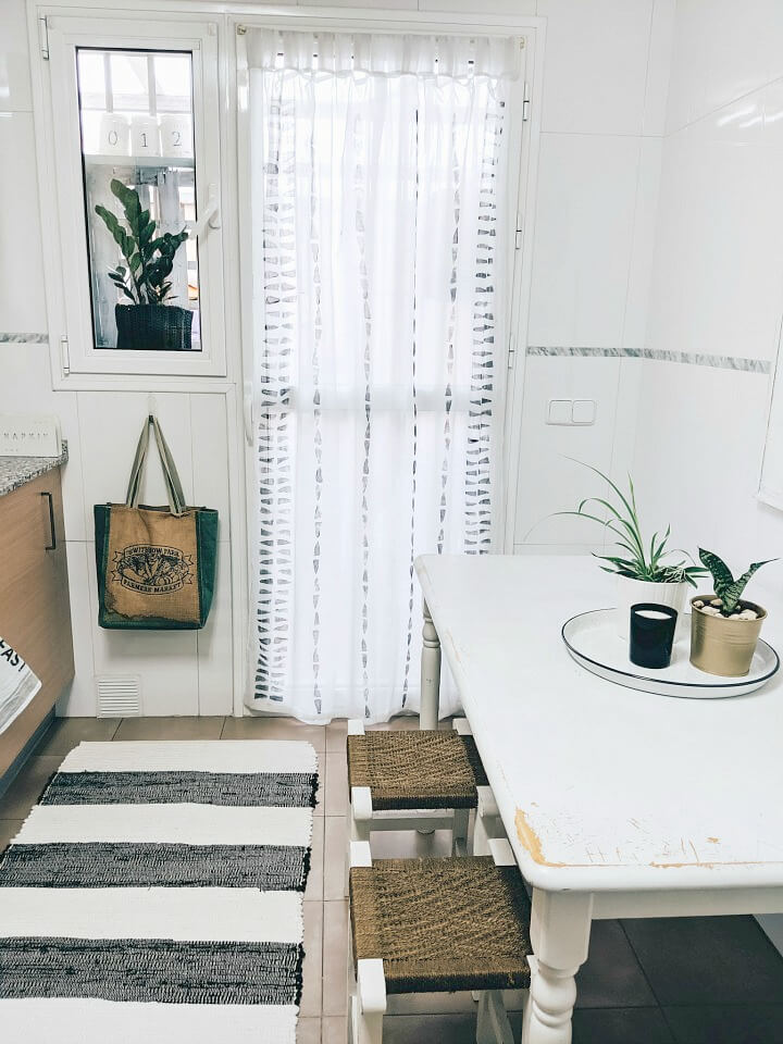 DIY geometric stamped curtains northernfeeling.com